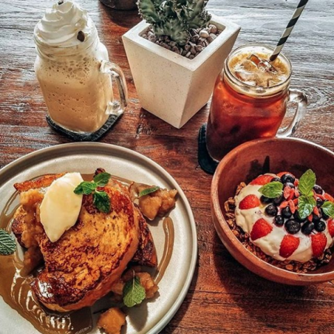 "Brunch Club_2019-09-27 Brunch Club on Instagram ""Fact If you eat naughty and healthy in the same meal, they cancel each othe[...]"