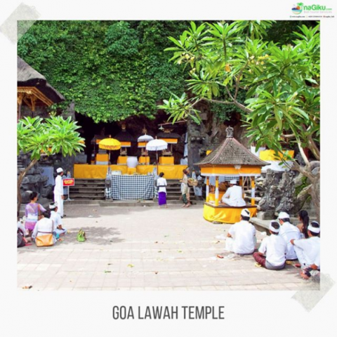 "Screenshot_2019-09-27 Bali Tourist Services on Instagram ""Goa Lawah is one of Bali's most important temples It features a c[...]"