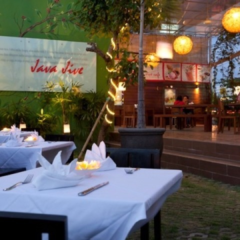 bali-island-villas-spa-java-jive-cafe-large